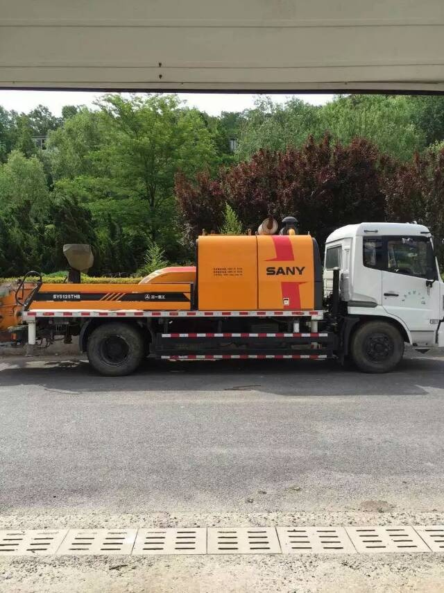 used SANY Transported concrete pump Diesel vehicle pump truck SY5125THB