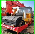dynapac CC211 roller compactor single wheel walk behind varia  compactor machine